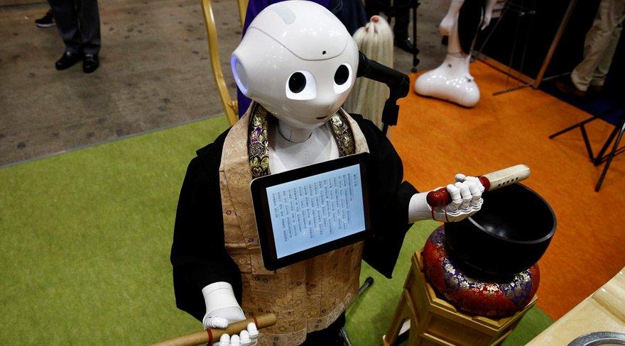 Sonunda bu da oldu... Robot Budist rahip yaptılar