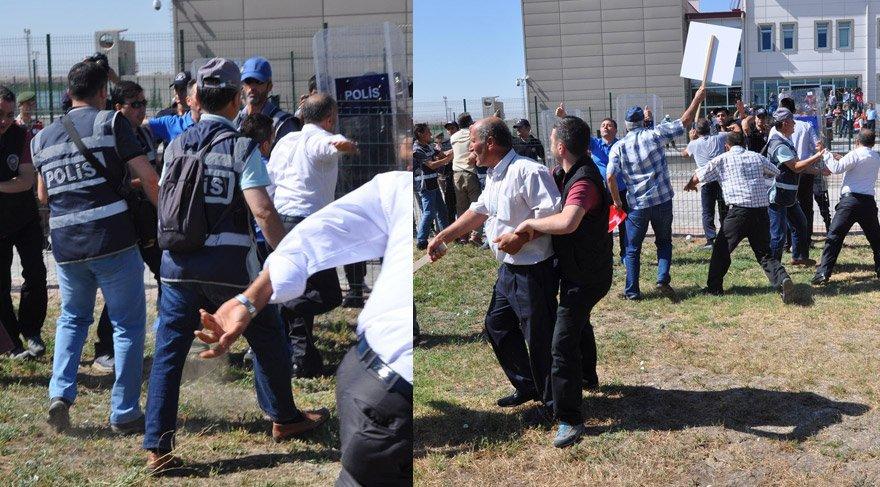 FOTO:İHA - Duruşma öncesi sanıklar salona getirilirken bir grup vatandaş onların üzerine yürümeye çalıştı. Emniyet güçleri, vatandaşları sakinleştirmeye çalıştı.