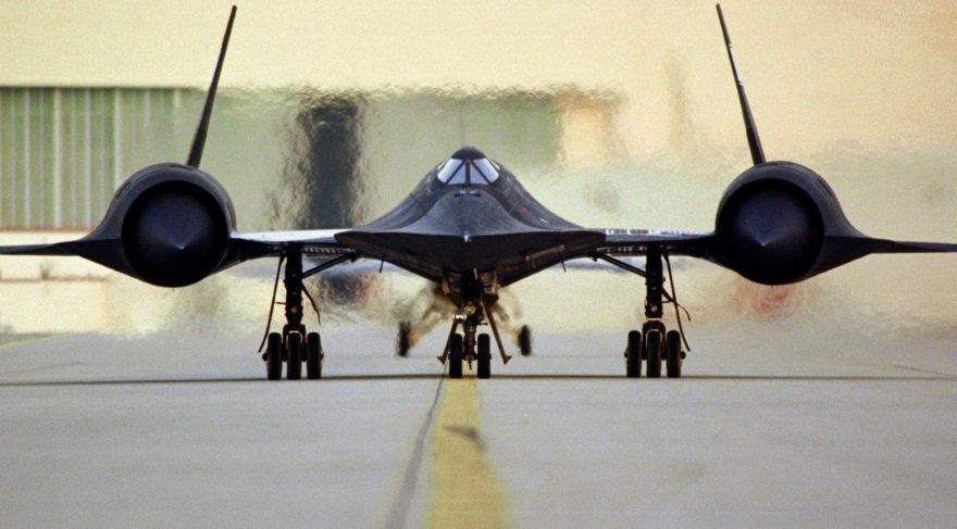 Dünyanın en hızlı uçağının inanılmaz görüntüleri yayınlandı