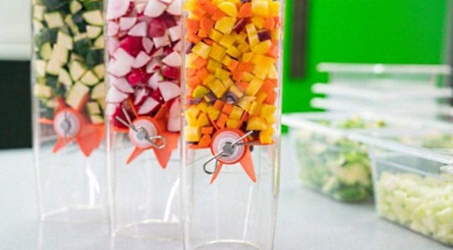 60 saniyede salata yapan makine şaşırtacak!
