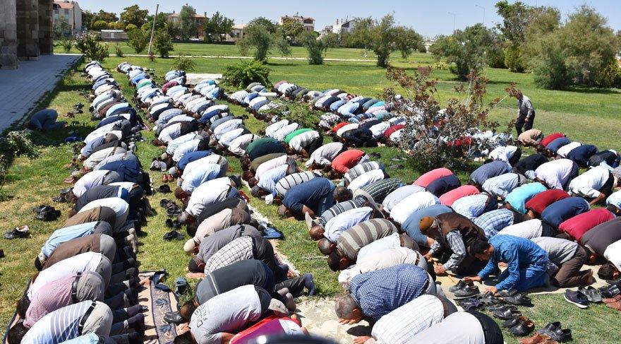 Aksaray'da KHK sevinci… Sultanhanı ilçe olmayı kutluyor