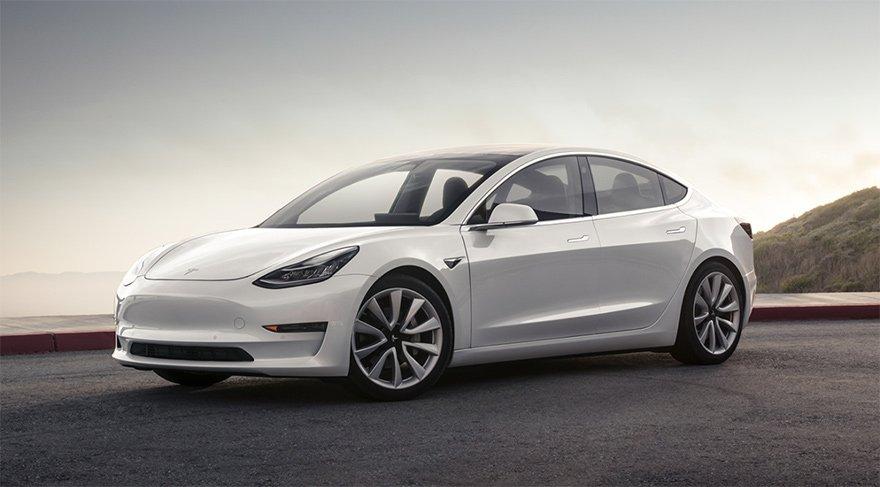 Tesla'dan 'elektrikli otomobil' devrimi!