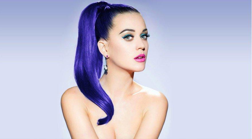Katy Perry itiraf etti: 'İlk kez altıncı sınıfta öpüştüm'