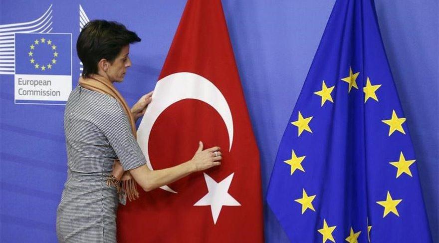 """AB Komisyonu'ndan """"Türkiye'ye ödemeleri artırın"""" çağrısı"""