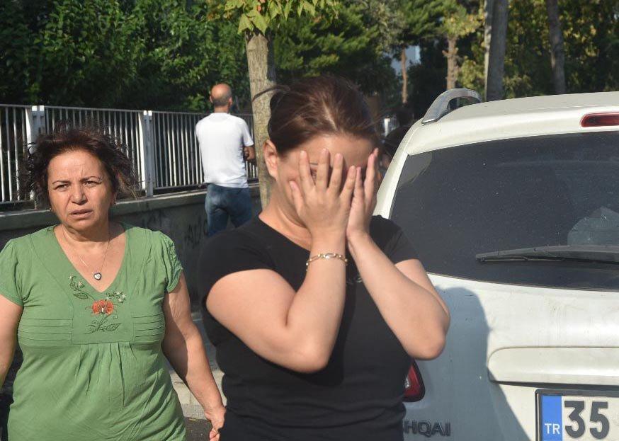 FOTO:DHA - Bölgede yaşayan vatandaşlar da büyük panik yaşadı.