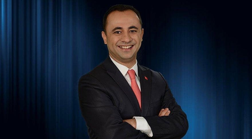 Eski AKP'li, cumhurbaşkanlığına adaylığını açıkladı