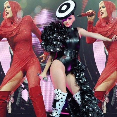 Katy Perry yine çok seksi