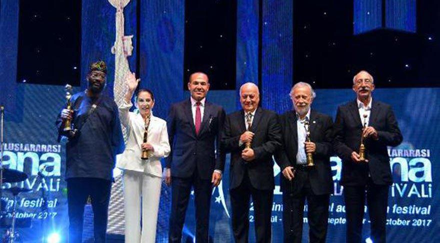 Uluslararası Adana Film Festivali'nde sinemanın ustalarına onur ödülü