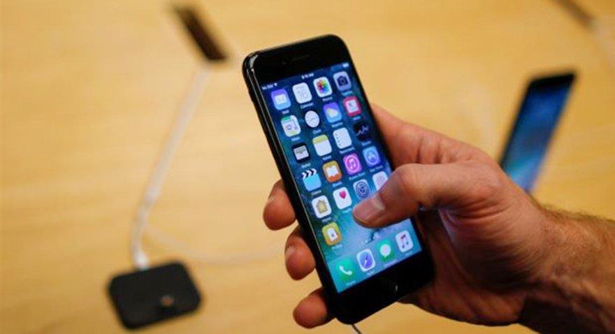 Apple iPhone 7 fiyatlarını indirdi