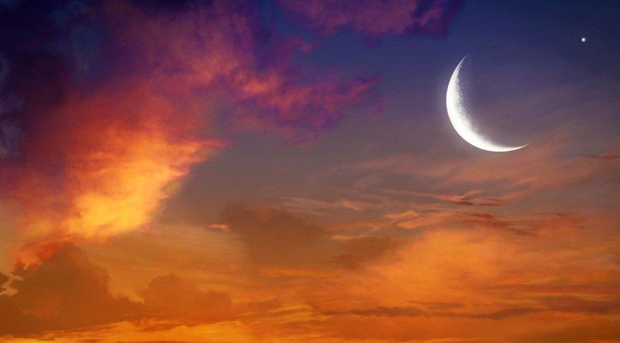 Yeni Ay zamanı Satürn güçlü bir şekilde etkisini gösterecektir. Satürn'ün olduğu alanlarda kısıtlanma, sorumlulukların artması, kendimize çeki düzen vermemiz gereken bir takım konuların hayatımızda gündeme geleceğine işaret eder.