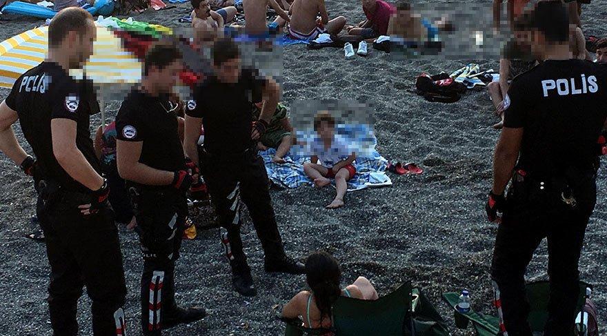 Plajda bira içen iki kadın doktora para cezası