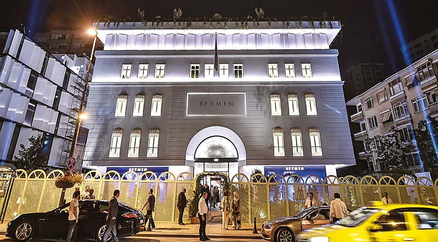 Bağdat Caddesi'nde görkemli açılış