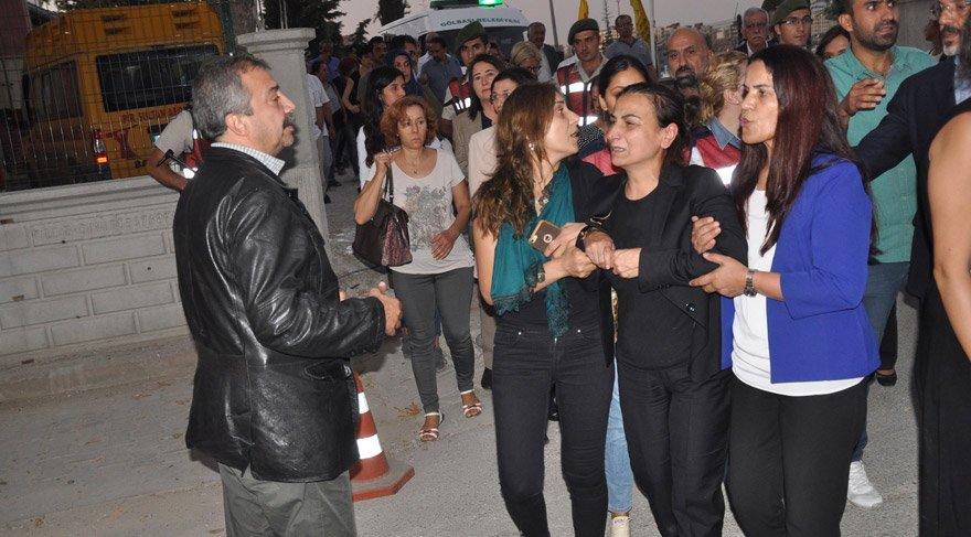 İçişleri Bakanı Süleyman Soylu: İdari ve adli tahkikatlar başladı, gözaltı var