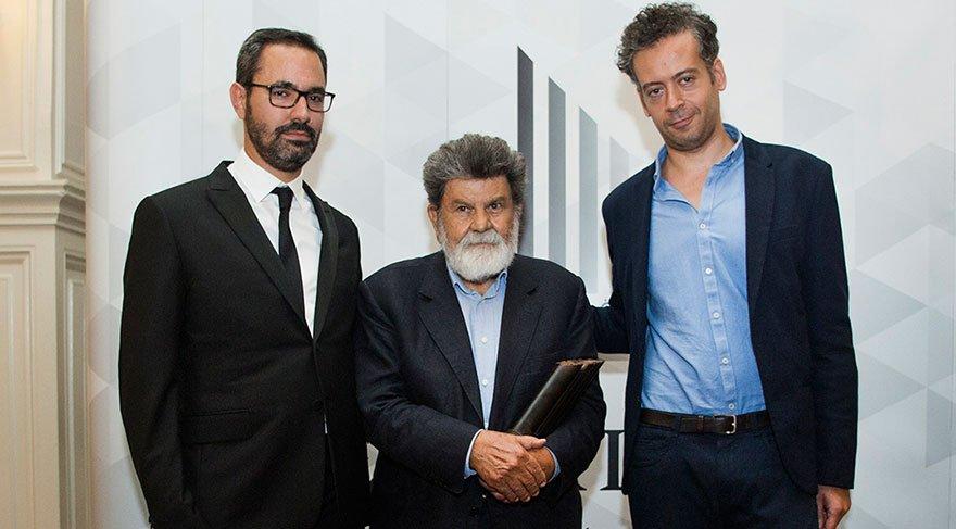 'Erdal Öz Edebiyat Ödülü'nün sahibi Cevat Çapan oldu
