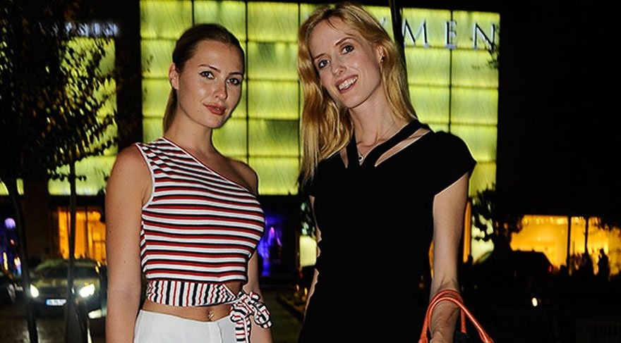 Wilma Elles ve Serdar Ortaç'ın model eşi Chloe Loughnan'ın keyifli dakikaları