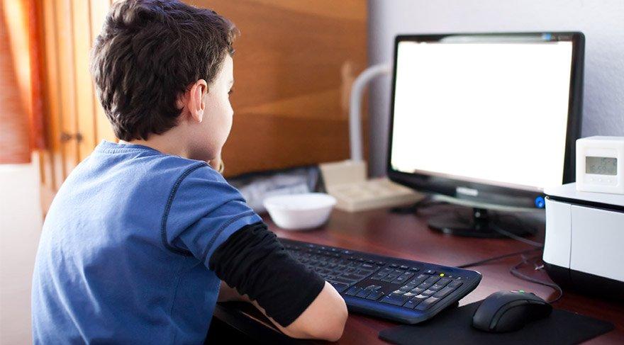 Картинки по запросу bilgisayar çocukları
