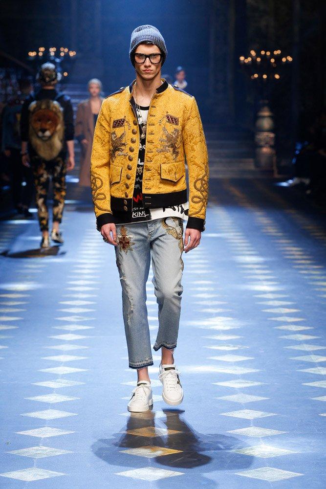 dolce-and-gabbana-fall-winter-2017-18-men-fashion-show-runway-08