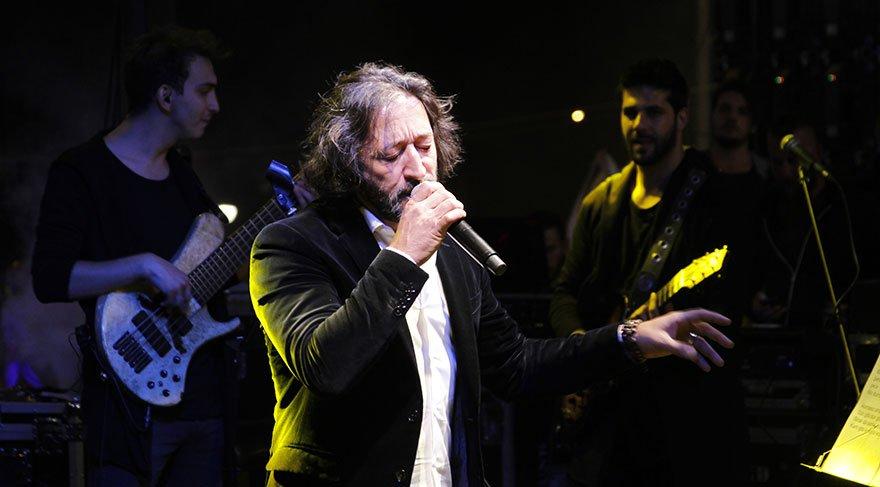 Fettah Can verdiği konserde müziği bırakacağını açıkladı