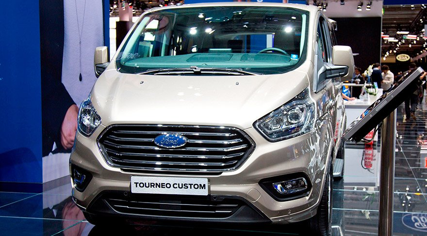 ford_tourneo-custom_-iaa_2017