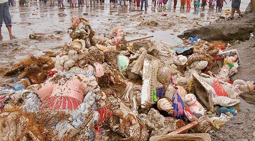 Festival bitti geriye çöpler kaldı