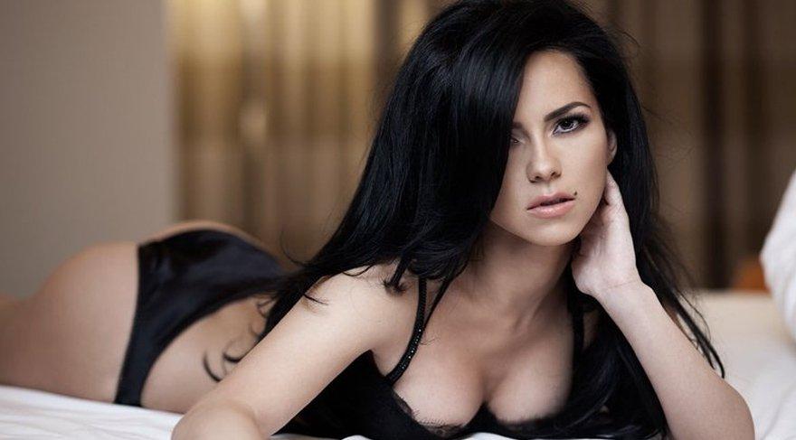 Dünyaca ünlü şarkıcı Inna Türkiye'ye geliyor