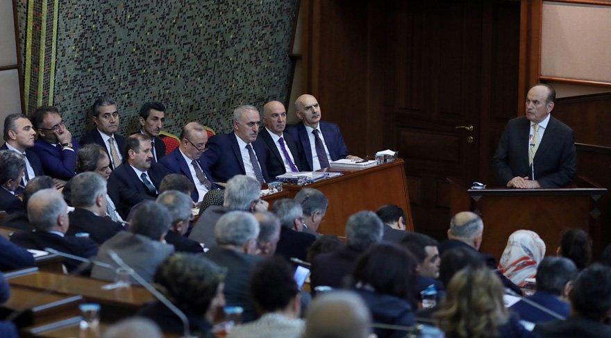 Kadir Topbaş'tan AKP'ye veto