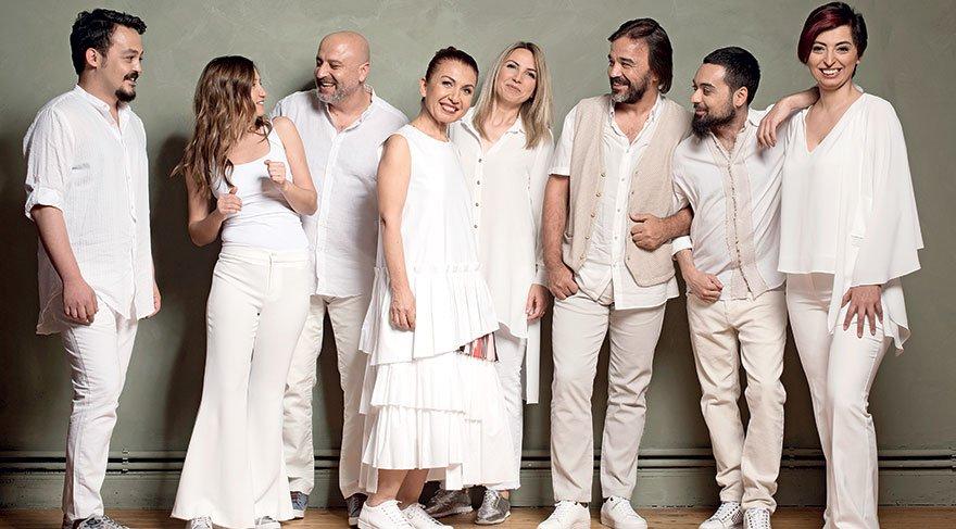 Kardeş Türküler 25 yıldır barış 'Yol'unda