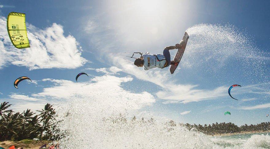 Kiteboard'un dünya devleri Akyaka'da yarışacak