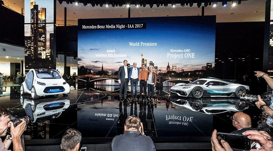 Mercedes'ten geleceğe yön veren otomobiller