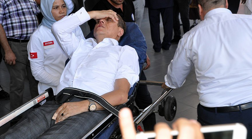 MHP ilçe yöneticileri, kültür işleri müdürünü hastanelik etti
