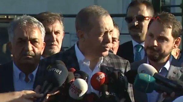 ABD'deki soruşturma kapsamında Cumhurbaşkanlığı Koruma Müdürü Muhsin Köse (arkada siyah gözlüklü) için de yakalama kararı çıkarıldı.