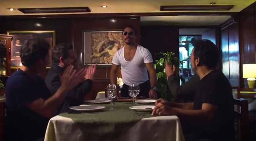 'Narcos' 3. sezonu Nusret ile tanıttı!