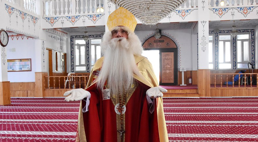 Noel Baba, camide dua etti