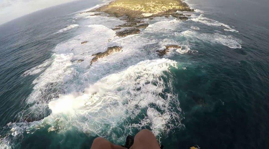 Paraşüt arızası adaya acil iniş yaptırttı