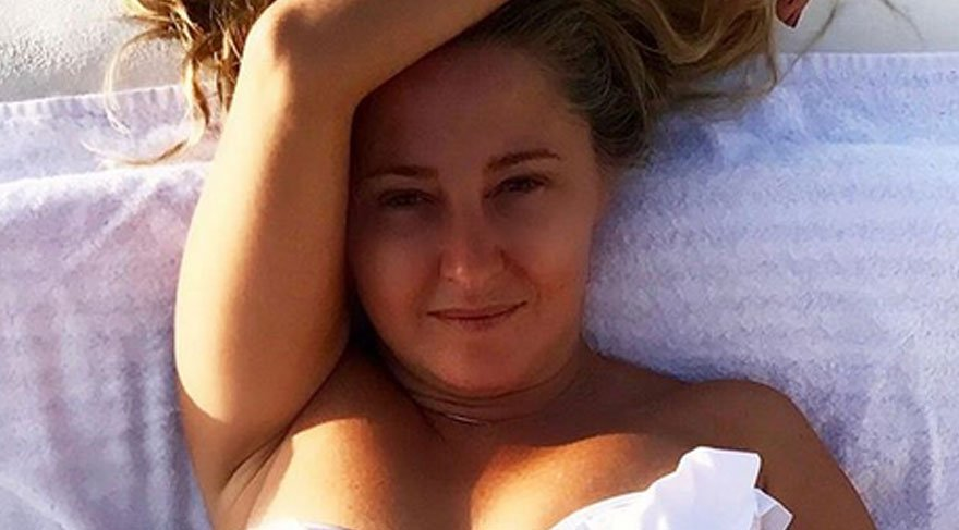 Pınar 'Sadelik sahtelik sevmez' dedi