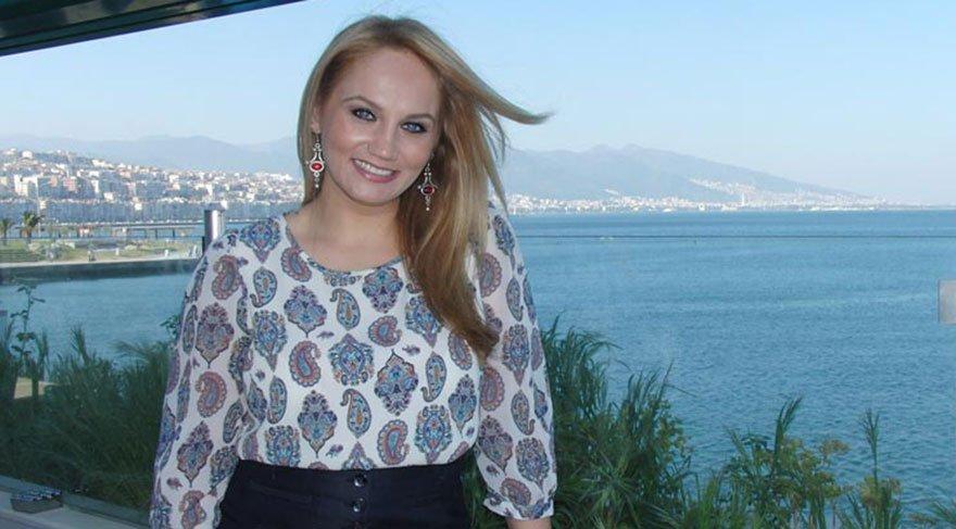 Sanatçı Pınar Aydınlar'a saldırı