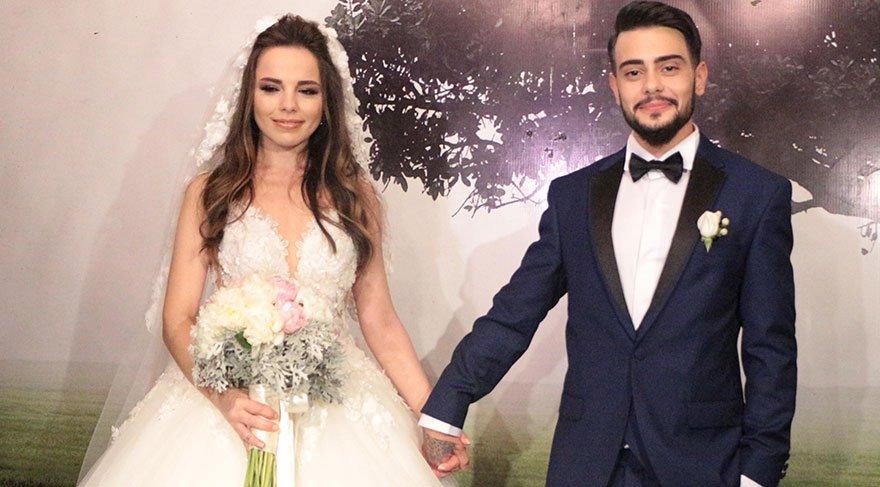 Rüzgar Erkoçlar, sevgilisi Tuğba Beyzaoğlu ile evlendi