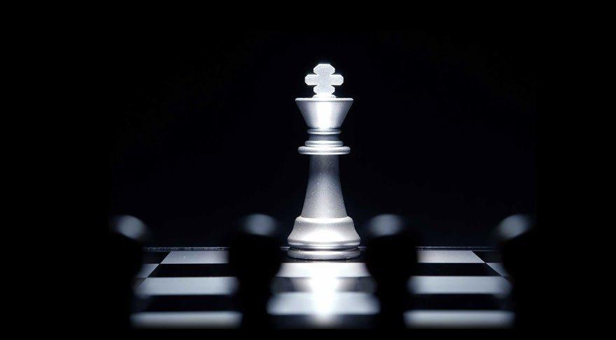 Bu satranç sorusunu çözene 1 milyon dolar ödül