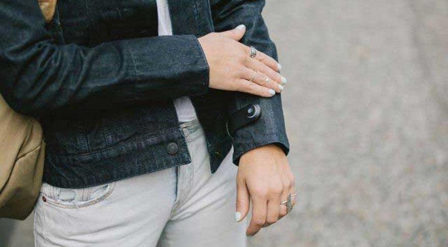 Bu ceket cep telefonunuzu kontrol edebilecek kadar akıllı!