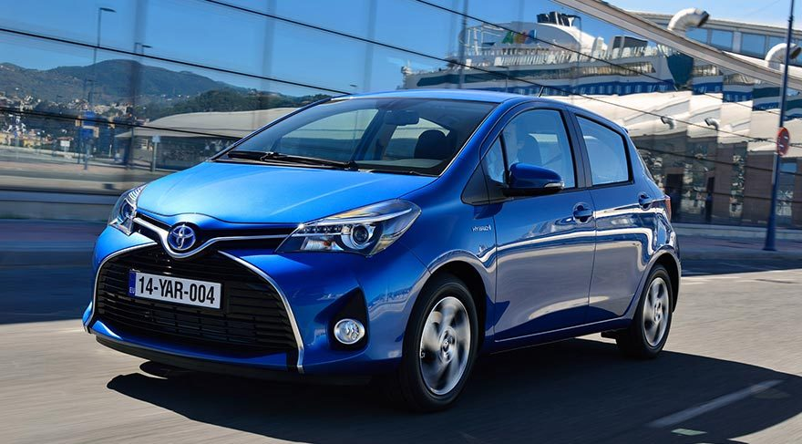Toyota Land Cruiser'ı tanıttı