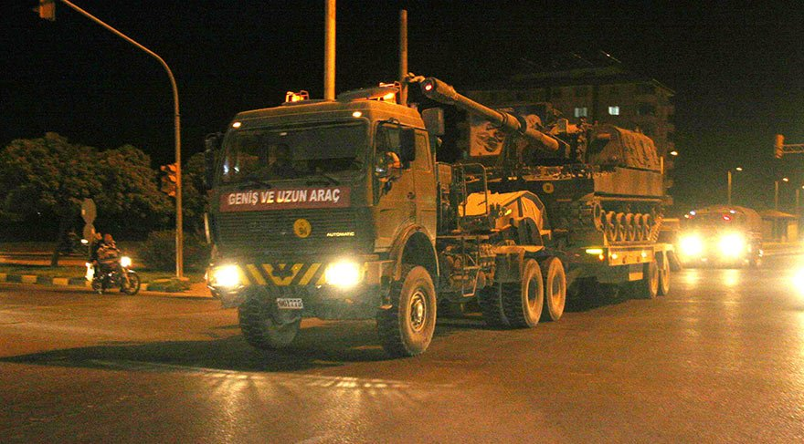 Suriye sınırına topçu bataryası ile komando birliği sevki