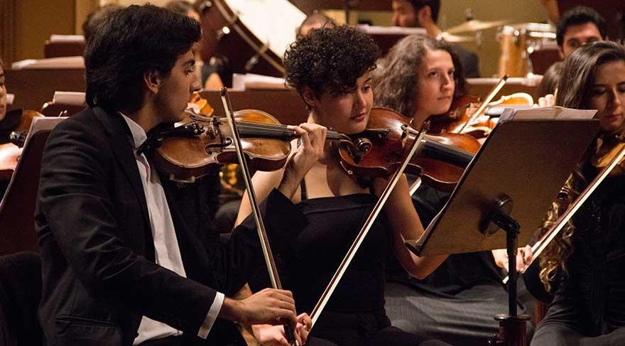 Türkiye Gençlik Filarmoni Orkestrası bir ilke imza attı