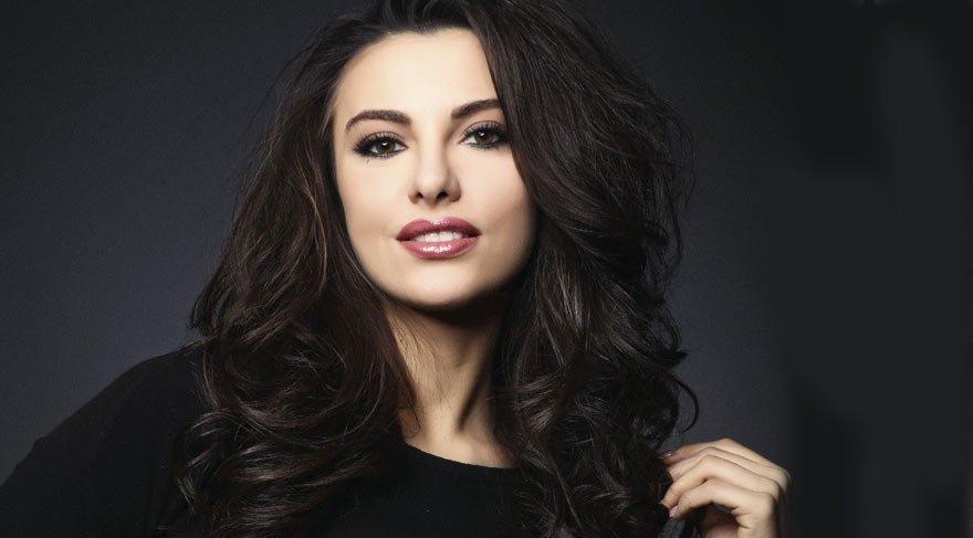 Ünlü oyuncu Tuvana Türkay estetik güzeli çıktı! Estetiksiz halini görenler şoke oldu