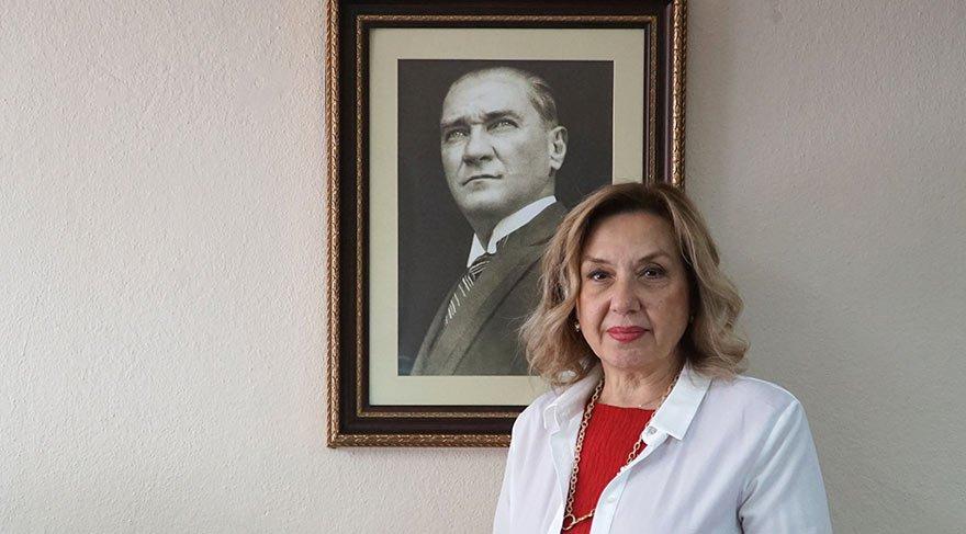 """""""BASIN HİÇ BU KADAR BÜYÜK SIKINTILAR YAŞAMADI"""" Yüksel Şengül'e konuşan Pınar Türenç, """"80 ihtilali ve muhtıralar dahil basın bu kadar büyük sıkıntılar yaşamadı. Batılılara sıkıntılarımızı anlatırken çok utanıyorum. Atatürk'ün kurduğu özgürlükçü Türkiye bu olamaz"""" dedi."""