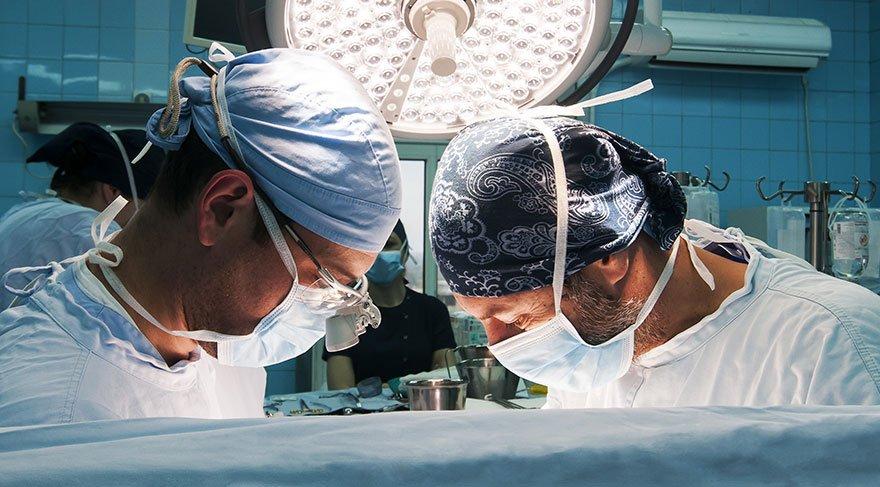 İlginç araştırma: Kalp ameliyatları saat kaçta yapılmalı?