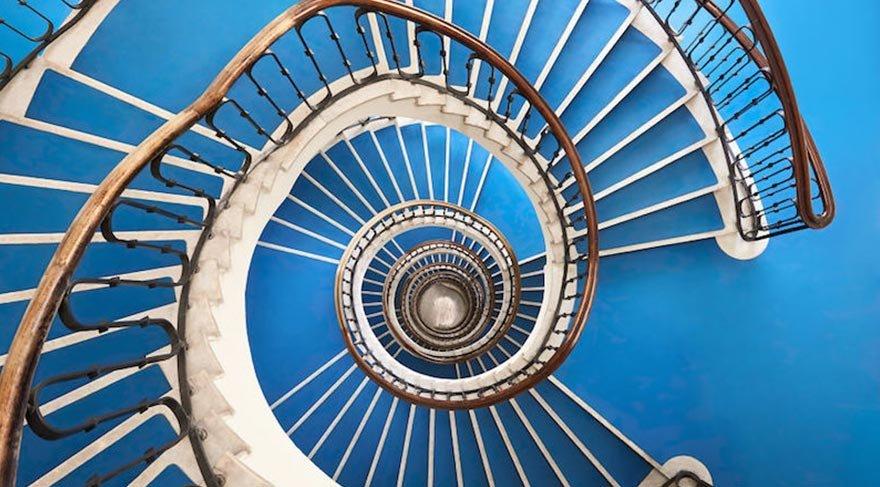 Budapeşte'nin 'zaman makinesi' merdivenleri