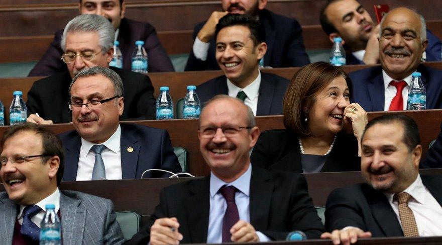 AKP grubunda kahkahalar yükseldi