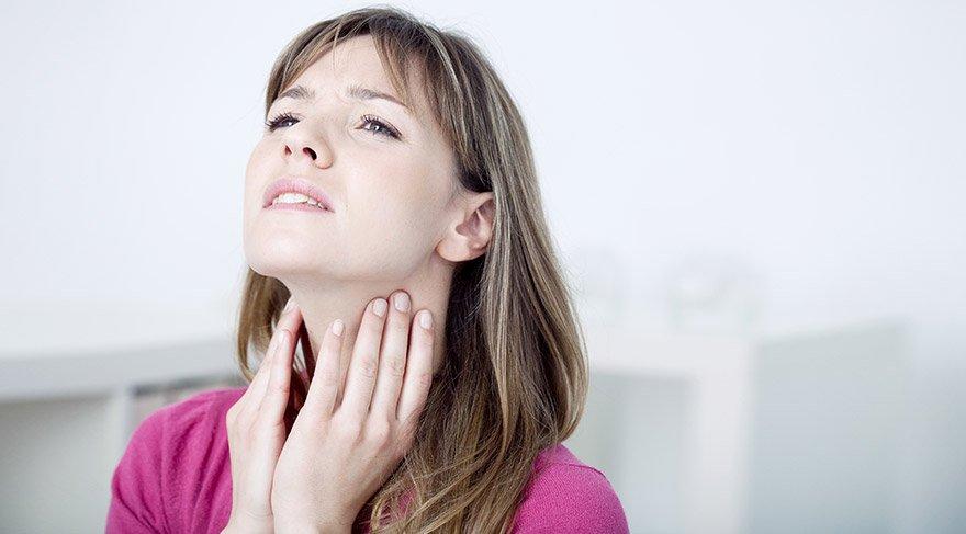 Boğaz ağrısından kurtulmanızı sağlayacak 15 doğal reçete