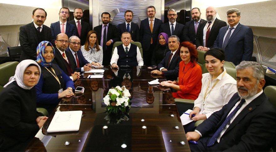 Erdoğan'dan Melih Gökçek'e 'istifa et' mesajı
