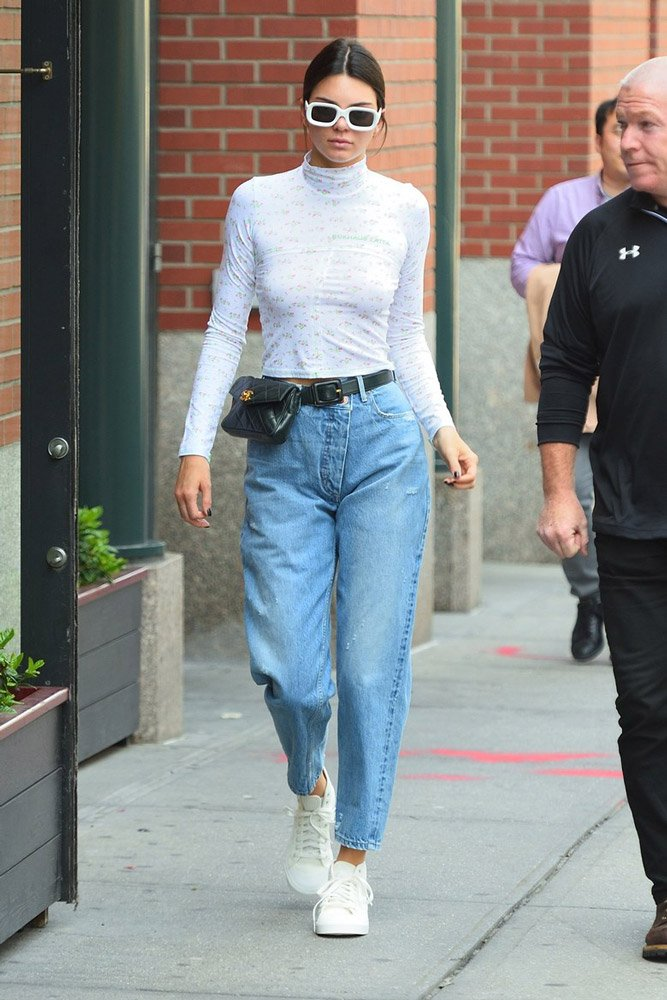 holding-kendall-jenner-celebrity-style